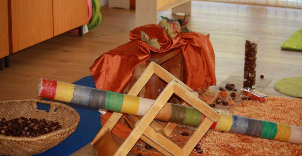 Eltern Kind Gruppen - vitamin R - Kastanienspiel